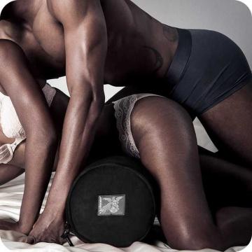 Черная вельветовая подушка для любви Liberator Retail Whirl
