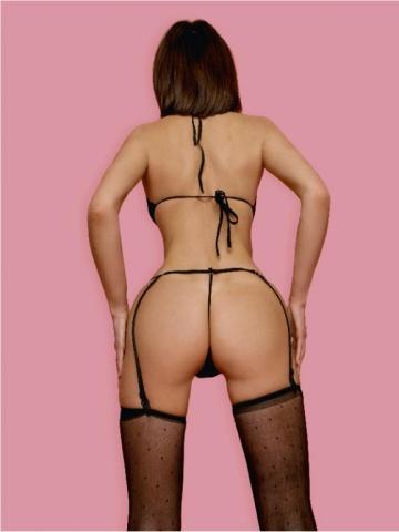 Соблазнительный комплект нижнего белья