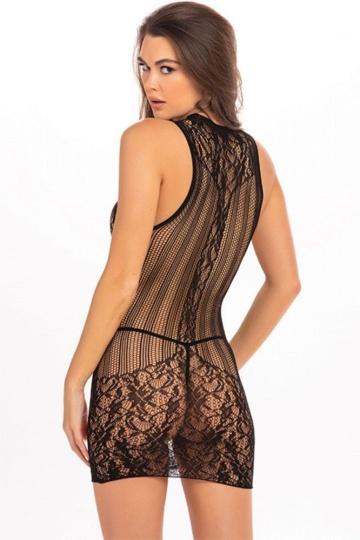 Эффектное короткое платье с фантазийным орнаментом